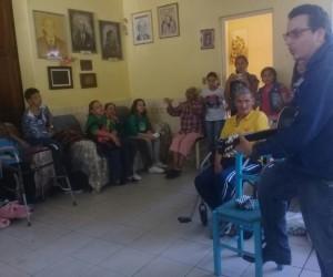 Vista e doações ao Lar São Vicente de Paula de Uruguaiana