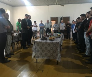 Padres da Diocese se reúnem para a Missa dos Santos Óleos e Renovação do Compromisso Sacerdotal