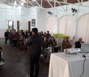 Catequistas e Introdutores participaram do retiro paroquial em Santiago