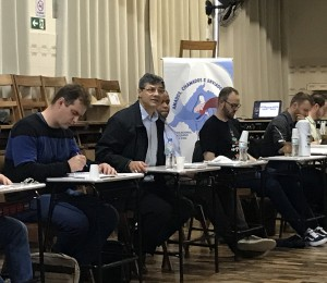 Padres se reúnem em Uruguaiana para avaliar e planejar a ação evangelizadora na Diocese